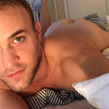 Gay Frankiebooy zoekt sex