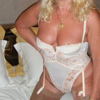 Prive seks contact met hebettie, Vrouw, 62 uit Utrecht