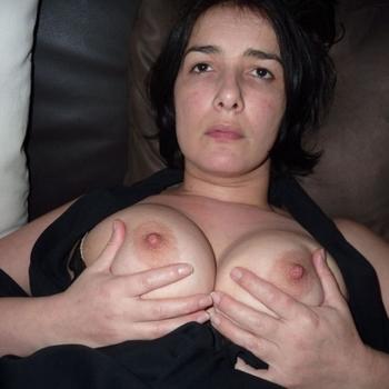 sexdate met Debra