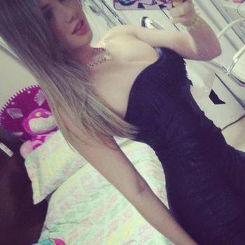 Sex contakt met younganna, Vrouw, 23 uit Limburg