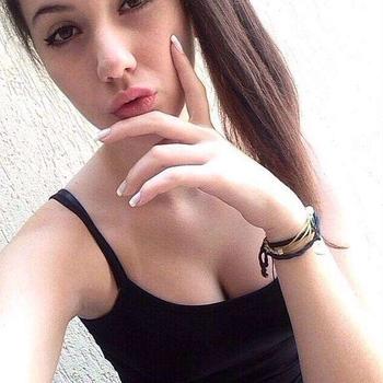 Betru, Vrouw, 22 uit Utrecht