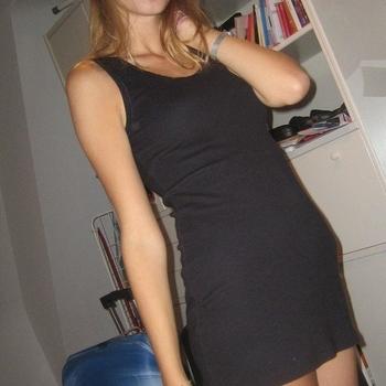 Vrouw zoekt sexdate liefszeg, Vrouw, 27 uit Noord-Brabant