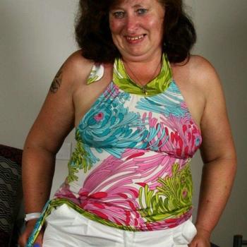 Sex contact met Margoti, Vrouw, 66 uit Overijssel
