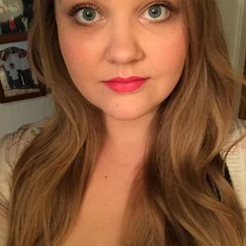 Vrouw zoekt sex date Dezziree, Vrouw, 22 uit Zuid-Holland