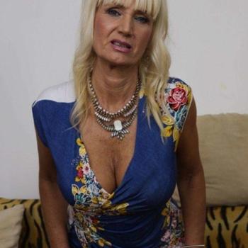 Sex contakt met Sanaya, Vrouw, 61 uit Vlaams-brabant