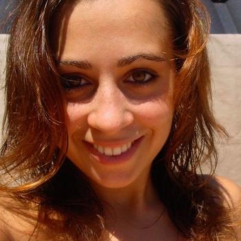 brunette_Deborah