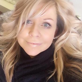 seks date met Sanneke, Vrouw, 42 uit Noord-Brabant