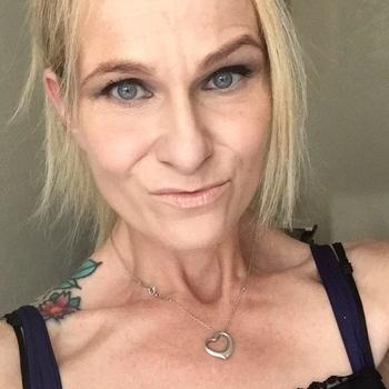 Hotel Sexdate met Liv, Vrouw, 51 uit Groningen